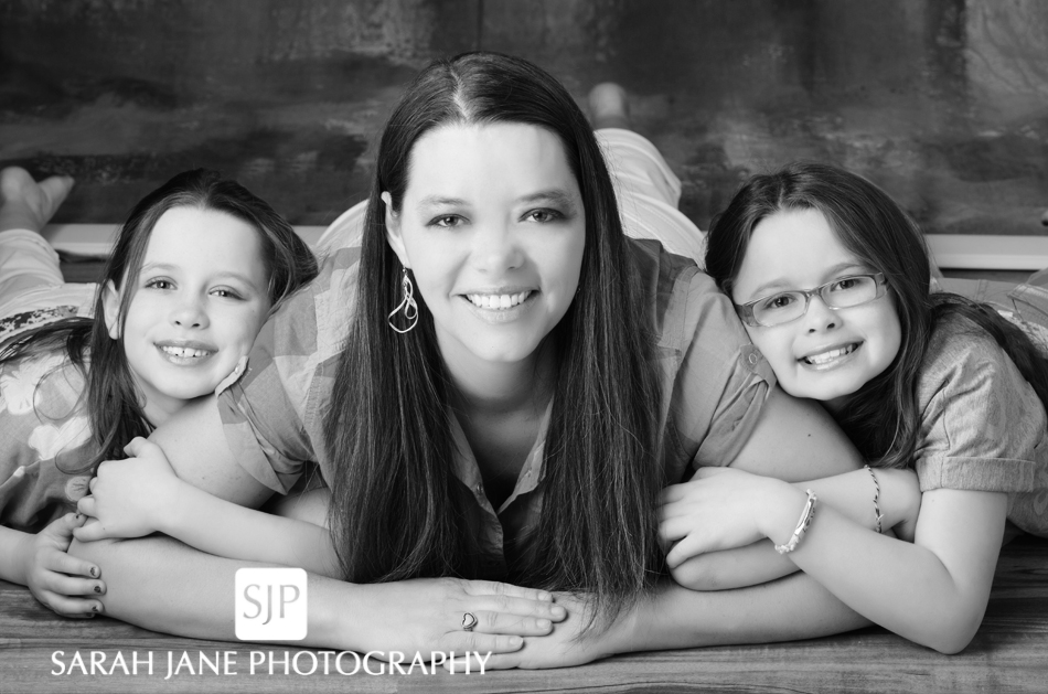 image photo children family studio portraits decatur il photos, sarah jane photography, children's photos, portrait studio, easter photos, easter pictures, family photos, family portraits, family photographer, decatur il studio, sip, sjanephotography,