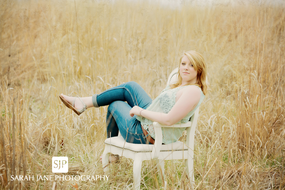 senior poses outside sarah jane photography blog